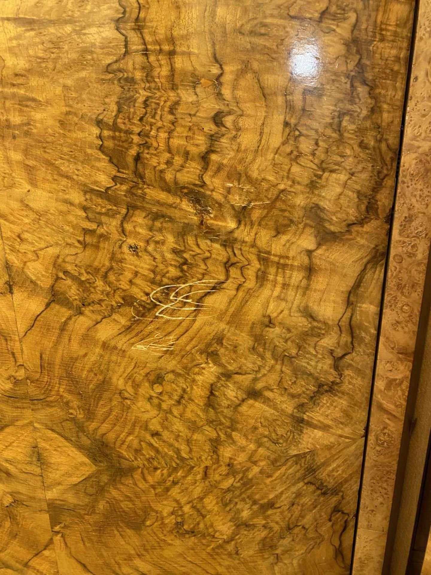 An Art Deco burr walnut and maple bedroom suite, - Image 34 of 45