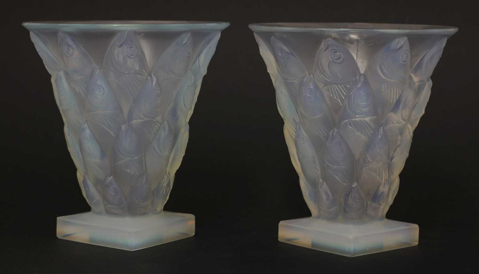 A pair of Sabino opalescent glass vases, - Image 3 of 4