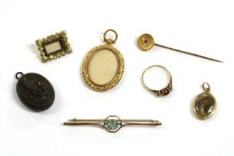 A quantity of Victorian and later jewellery,