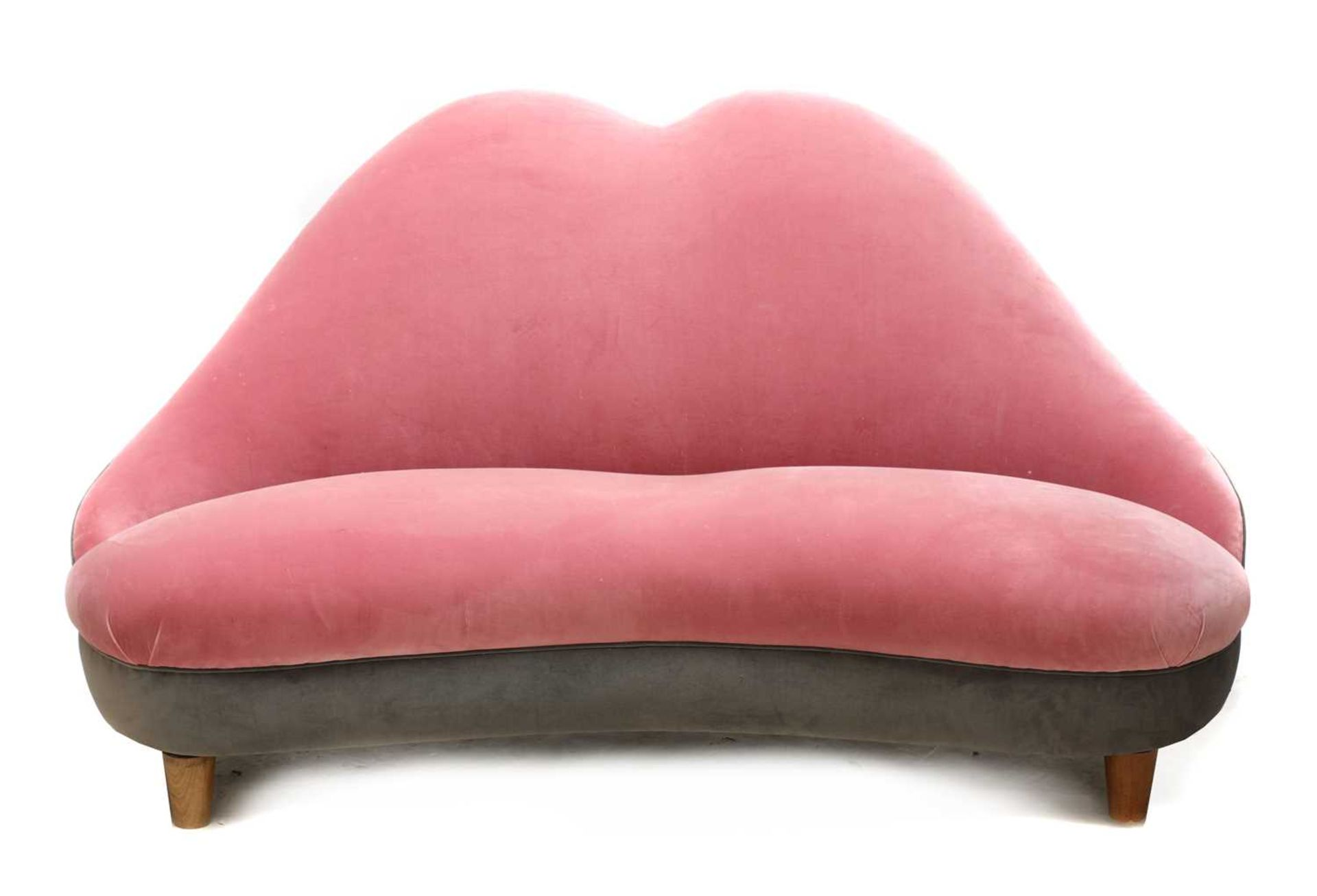 An Italian 'lips' shaped sofa, - Image 3 of 3
