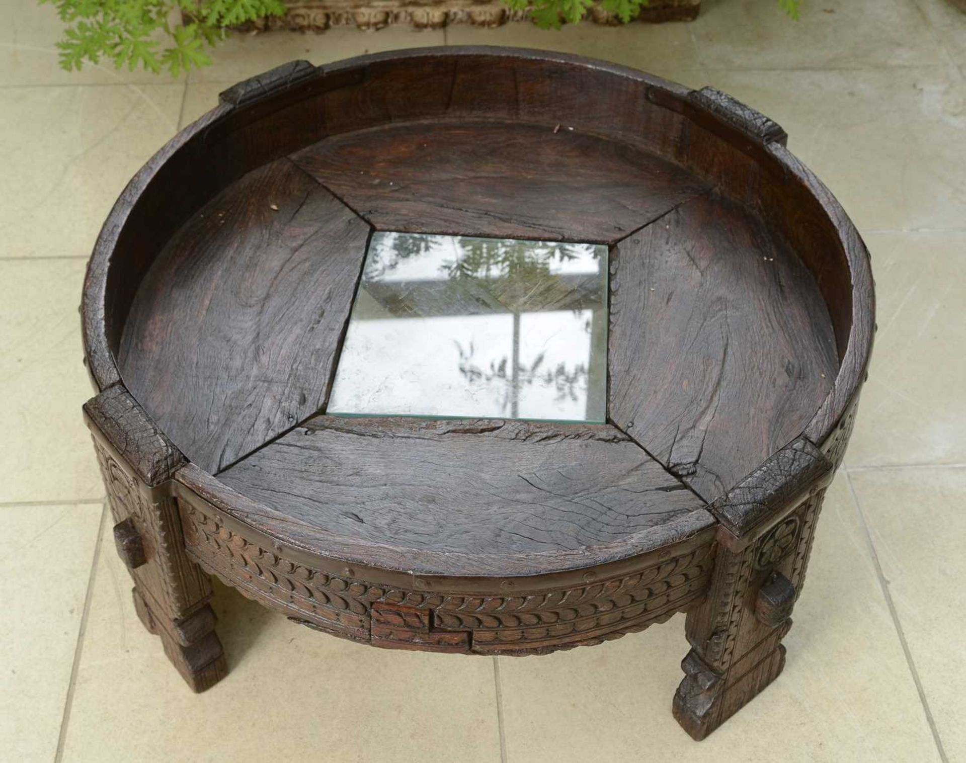 A rustic hardwood low coffee table, - Image 5 of 5