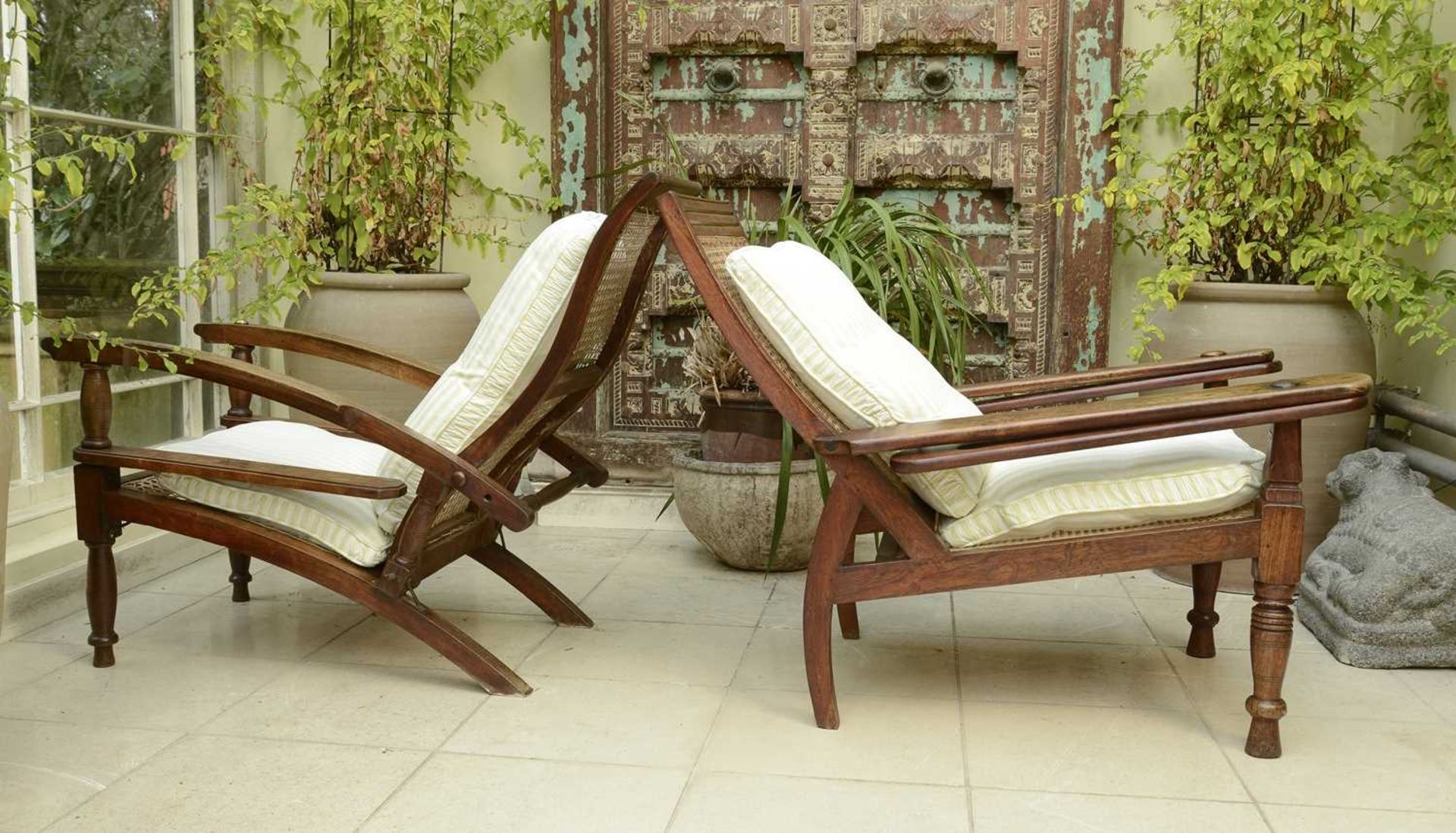 Two similar teak planter's chairs, - Image 4 of 4