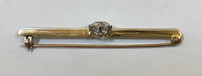 A gold and platinum single stone diamond bar brooch, - Image 3 of 5