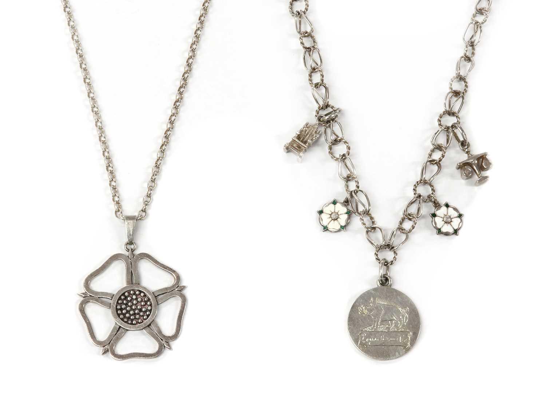 A Richard III society necklace,