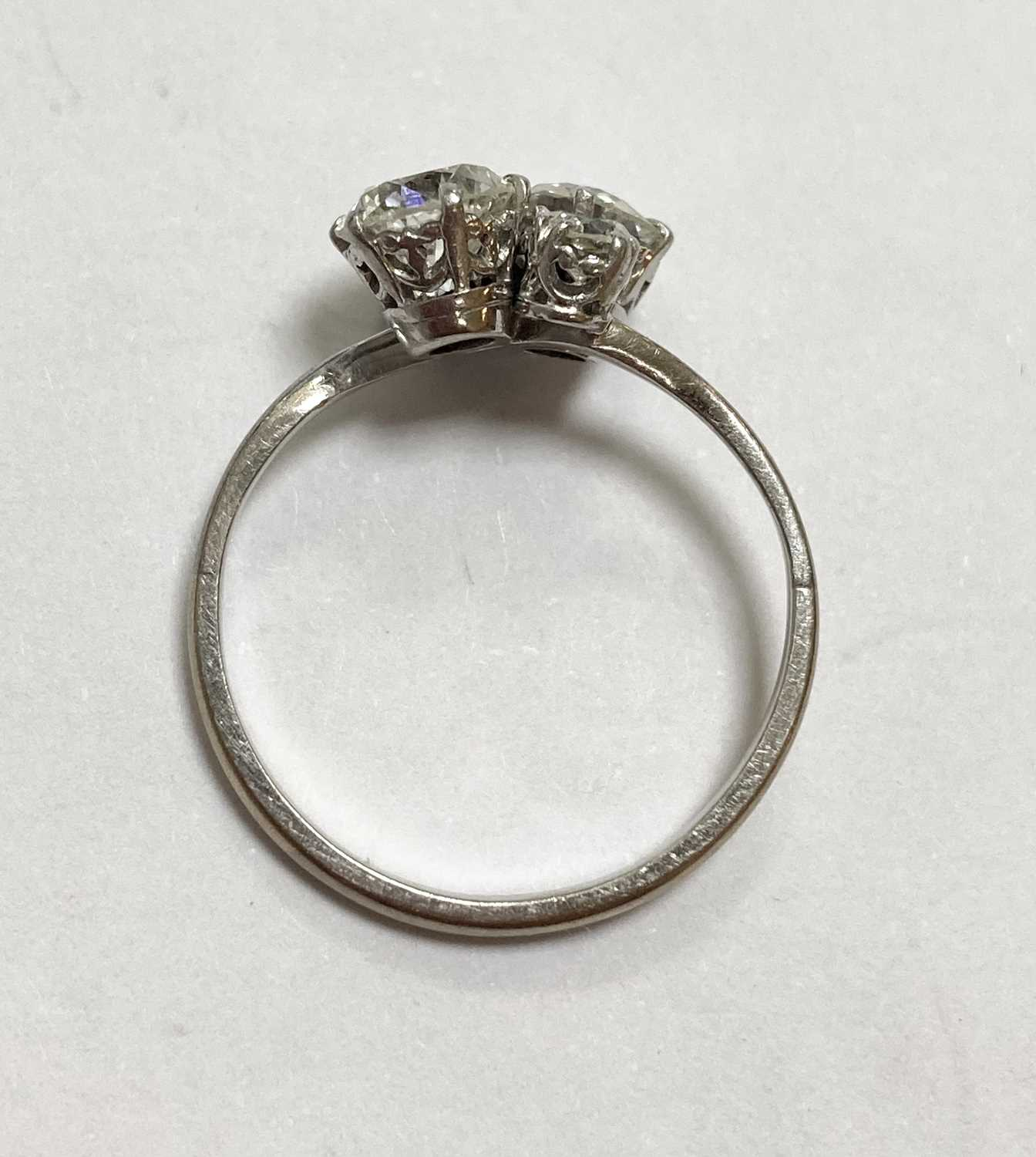 A white gold four stone diamond cluster ring, - Image 5 of 6