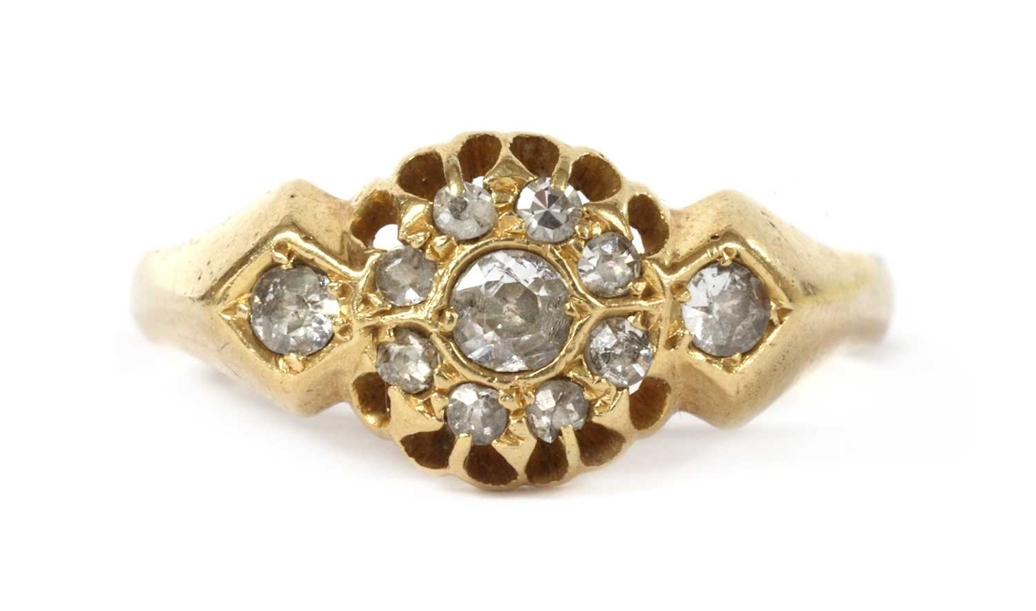 An 18ct gold diamond cluster ring,