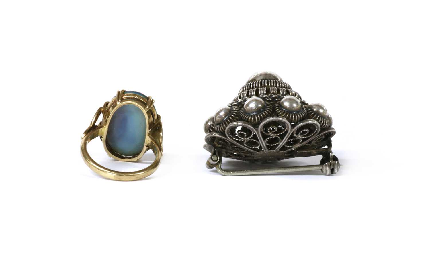 A gold single stone opal doublet ring, - Image 3 of 3