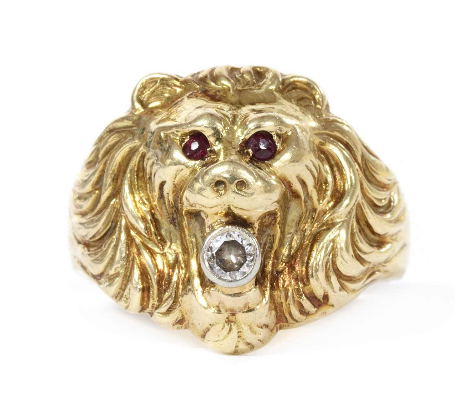A gold lion head ring,