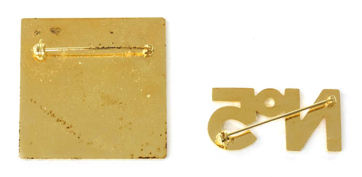 A Chanel gold-plated brooch, - Image 4 of 4