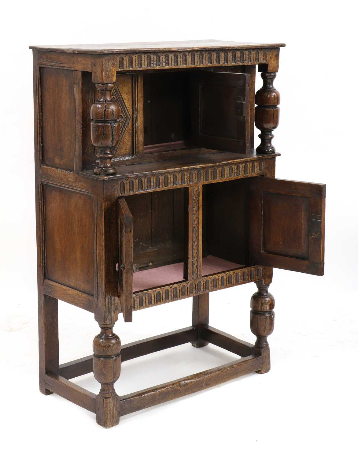 A small oak court cupboard, - Image 3 of 6