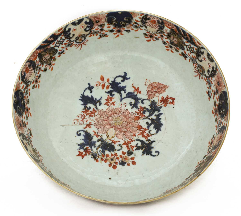 A large Chinese Imari punchbowl, - Image 5 of 6