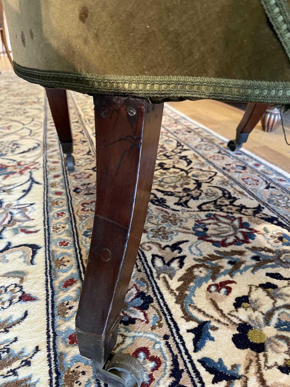 A pair of Regency mahogany klismos chairs, - Image 17 of 67