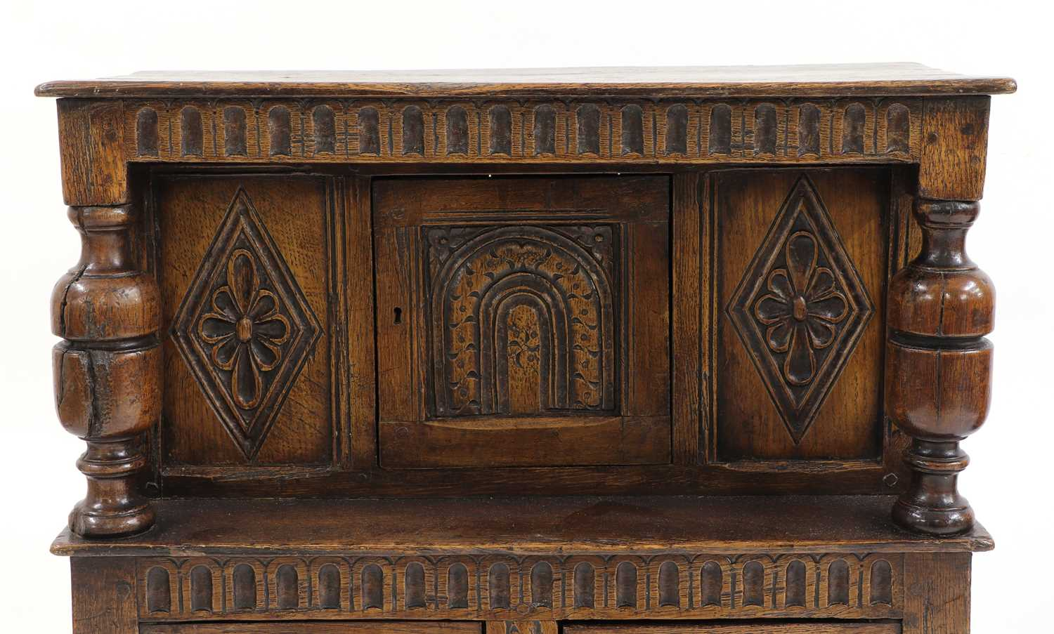 A small oak court cupboard, - Image 4 of 6