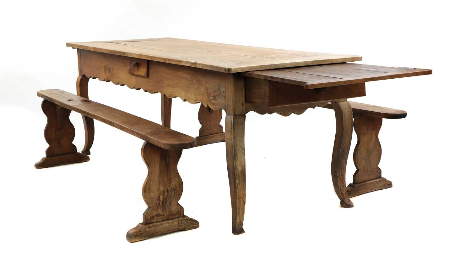 A French provincial sycamore kitchen table, - Image 2 of 10