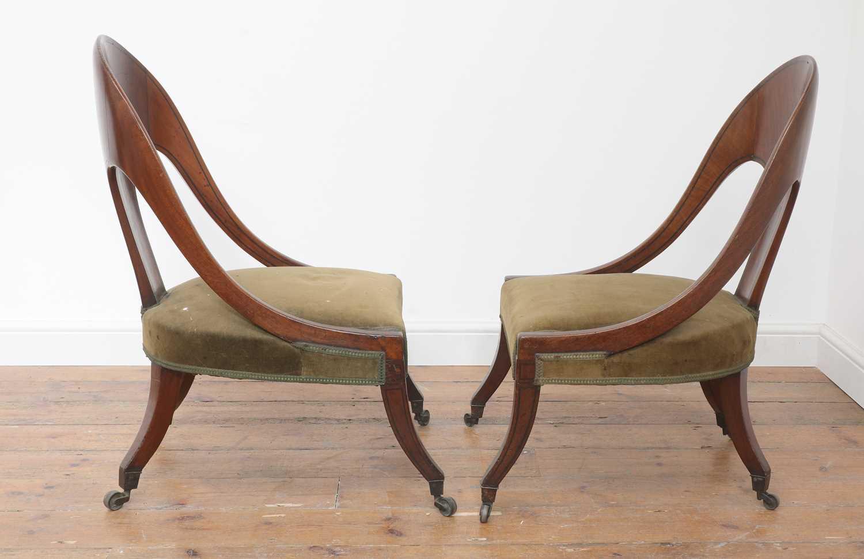 A pair of Regency mahogany klismos chairs, - Image 2 of 67