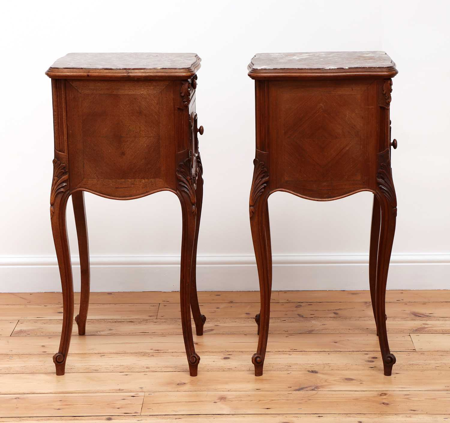 A pair of French Louis XV-style walnut bedside cabinets - Image 3 of 5