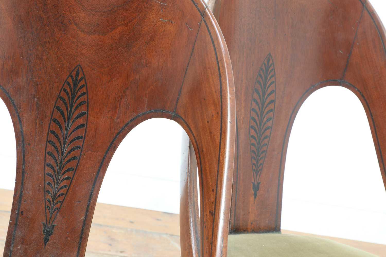 A pair of Regency mahogany klismos chairs, - Image 6 of 67