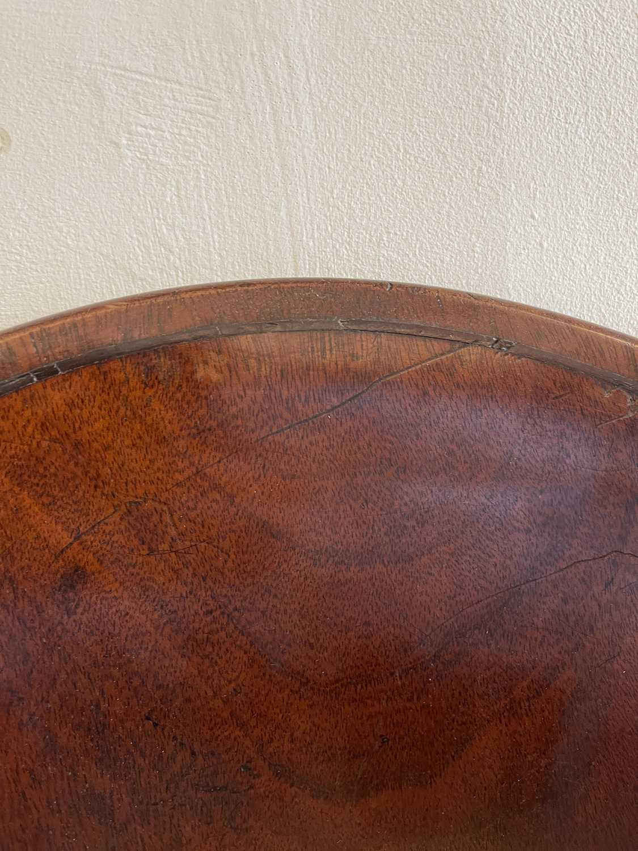 A pair of Regency mahogany klismos chairs, - Image 22 of 67
