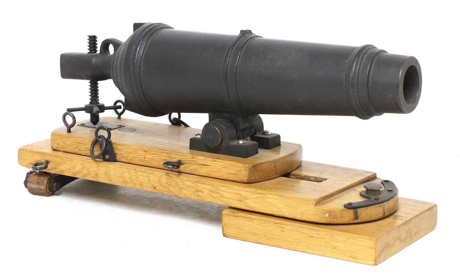 A model of a late 18th century naval carronade,
