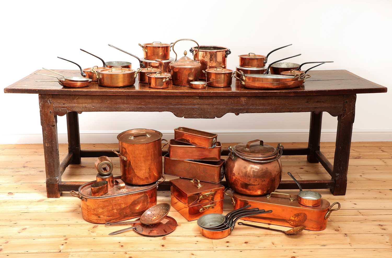 A copper batterie de cuisine,