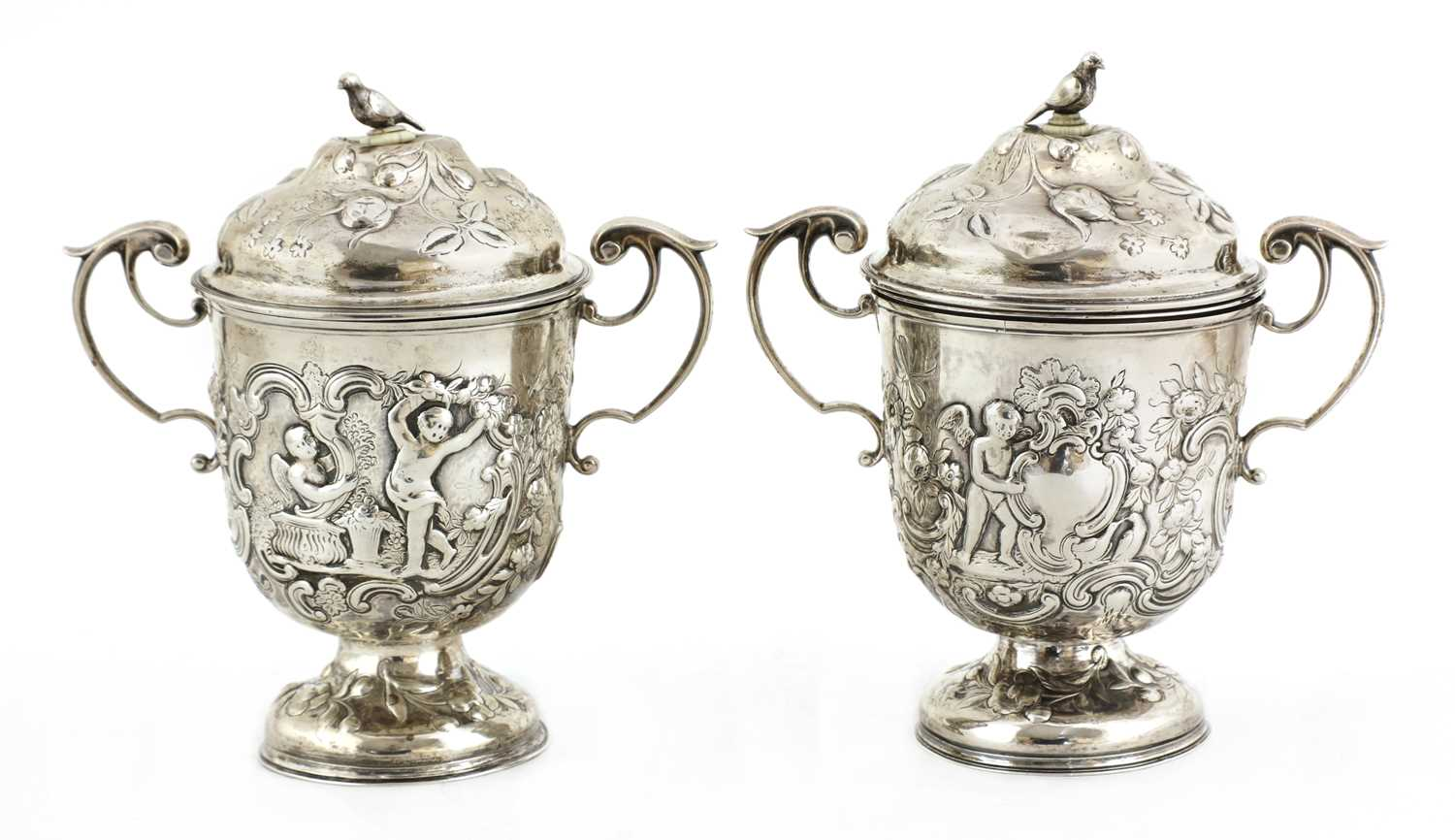 A pair of Continental silver urns, - Image 2 of 5