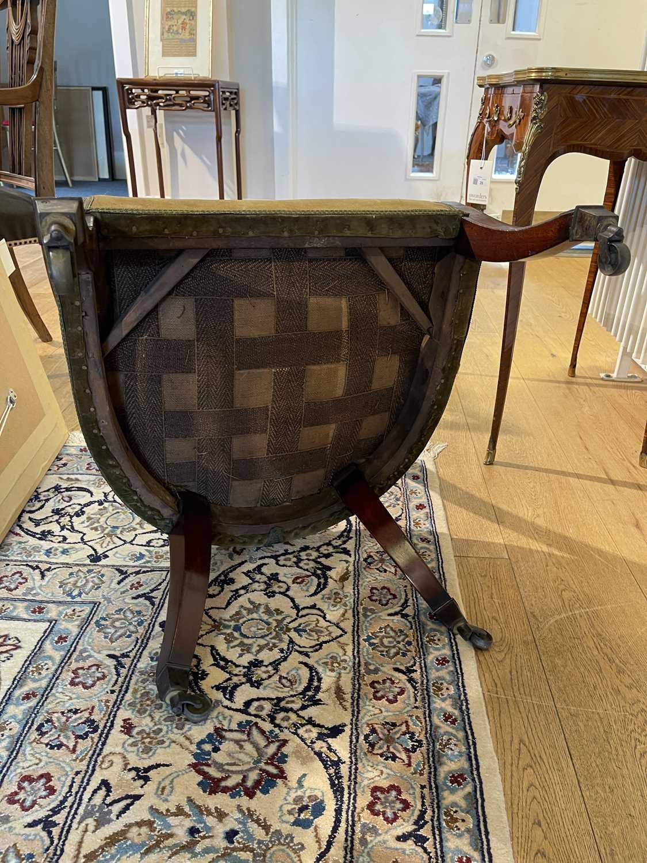 A pair of Regency mahogany klismos chairs, - Image 60 of 67