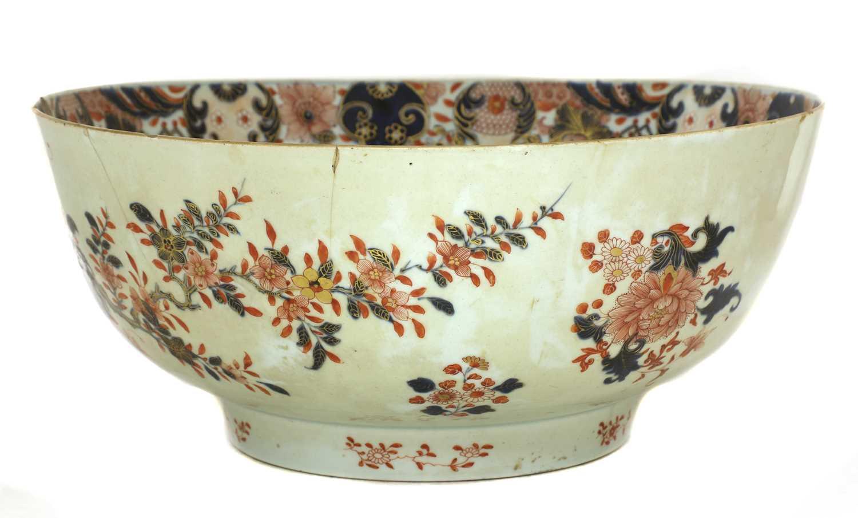 A large Chinese Imari punchbowl, - Image 4 of 6