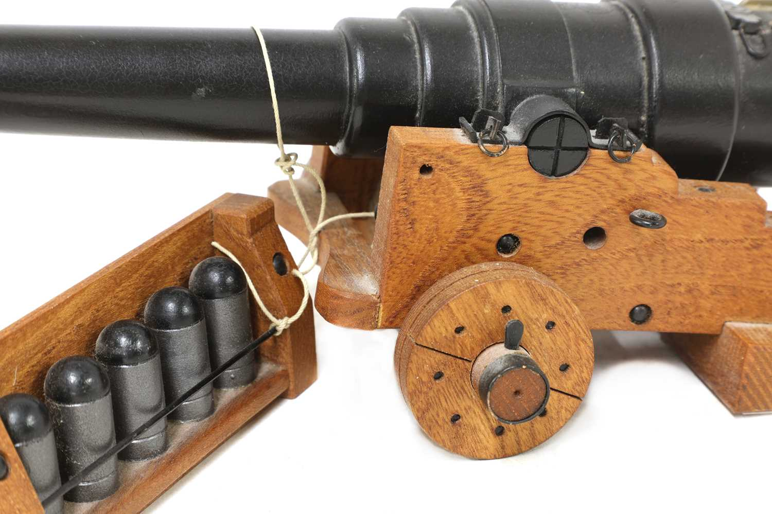 A model of an 1860 breech-loading Armstrong RBL 7in naval gun, - Image 3 of 5