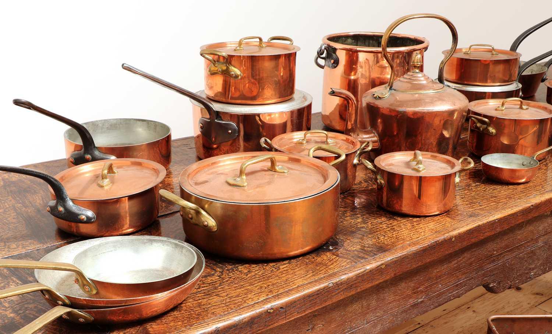 A copper batterie de cuisine, - Image 2 of 6