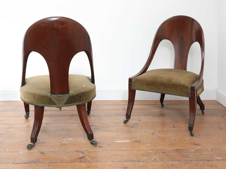 A pair of Regency mahogany klismos chairs, - Image 4 of 67