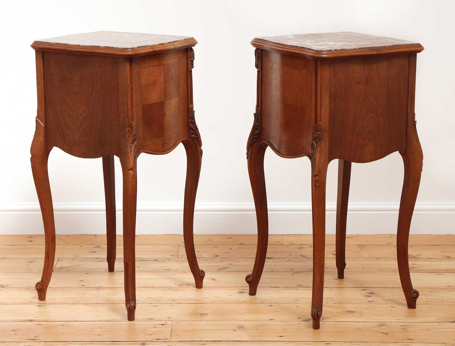 A pair of French Louis XV-style walnut bedside cabinets - Image 2 of 5
