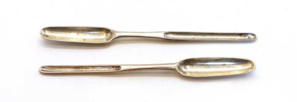 A George II silver marrow scoop,