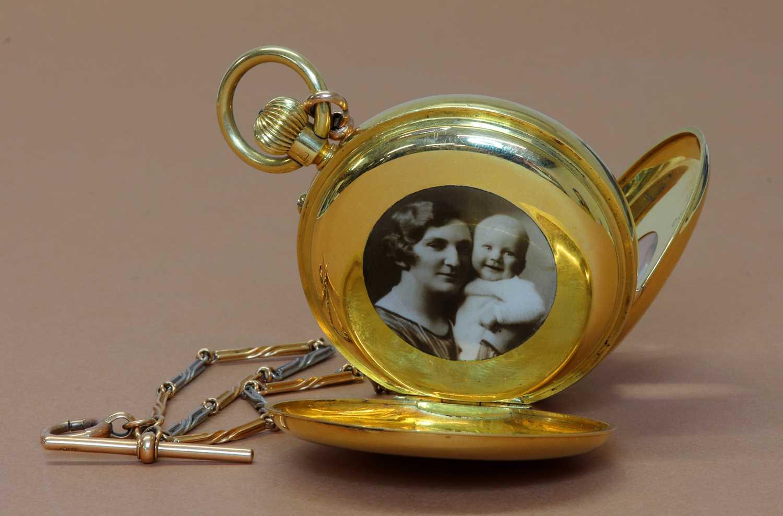 An 18ct gold side wide half hunter pocket watch, - Image 3 of 4