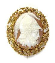 A Regency gold oval shell cameo,