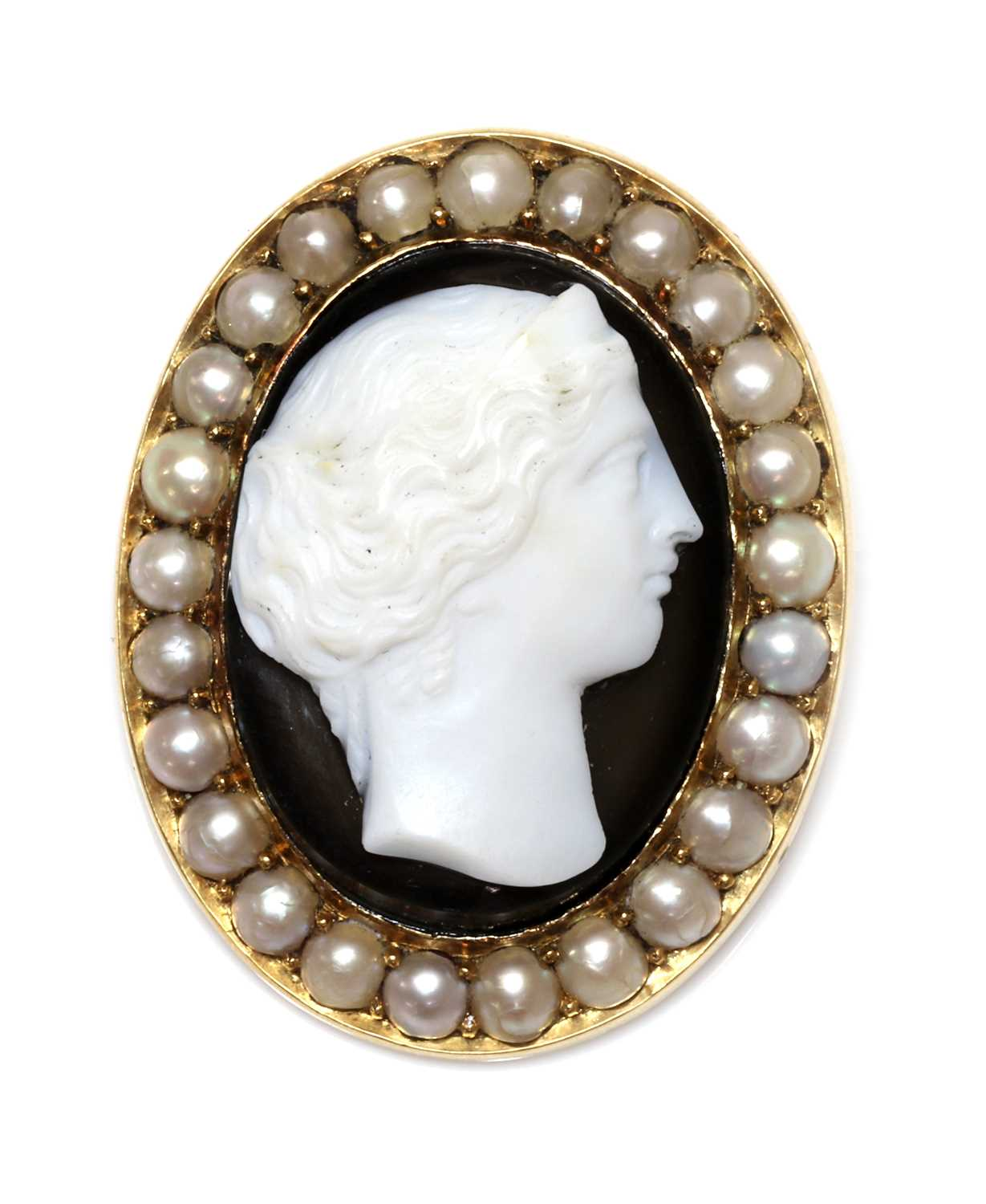 A Victorian hardstone and split pearl cameo brooch,