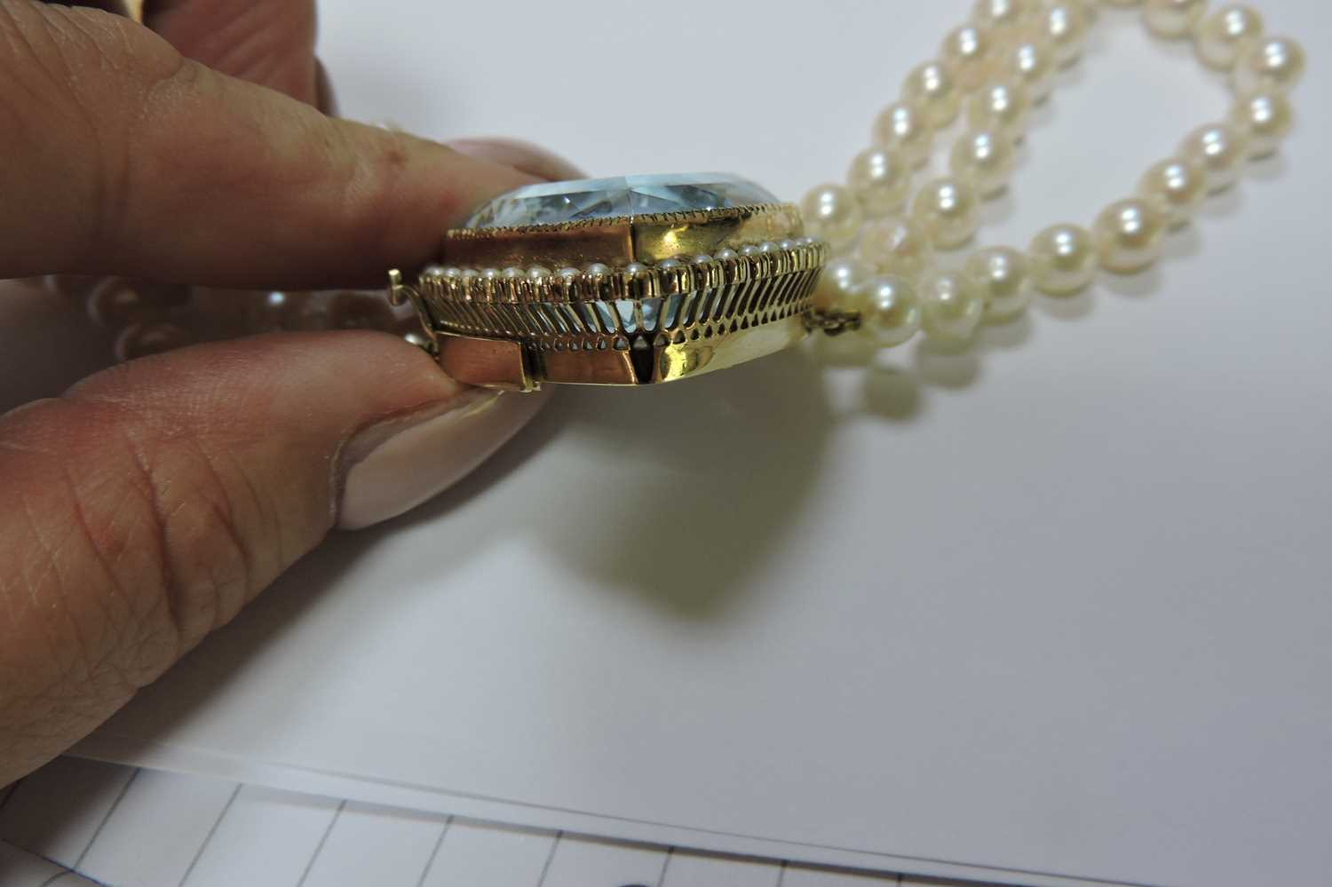 A three row cultured pearl necklace, - Image 5 of 7