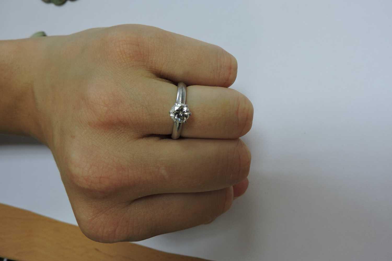 A platinum single stone diamond ring, - Image 3 of 5