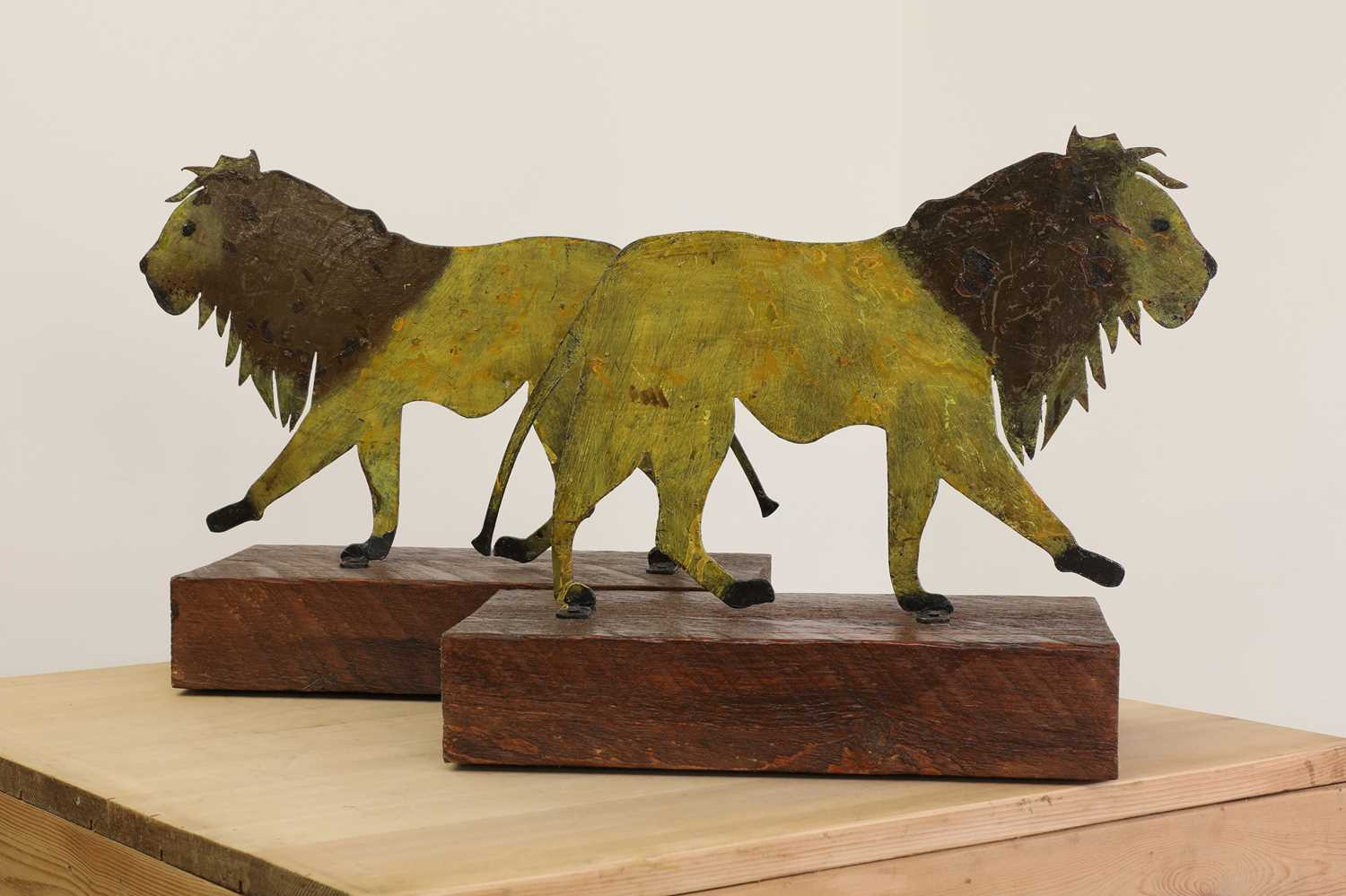 A pair of painted folk art lions, - Image 3 of 3
