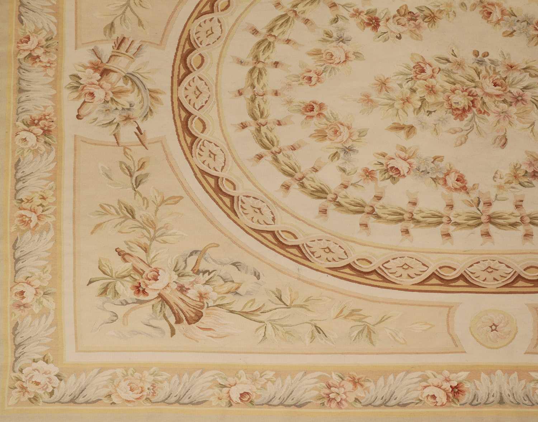 A flatweave Aubusson design rug - Image 4 of 6