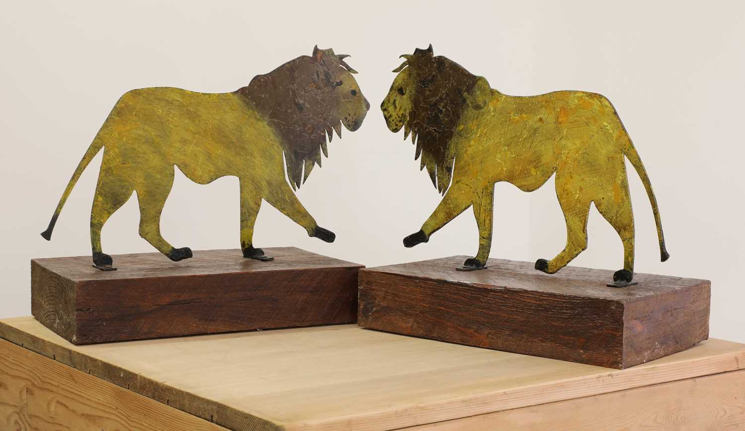 A pair of painted folk art lions, - Image 2 of 3