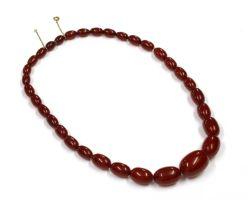 A single row graduated Bakelite bead necklace,