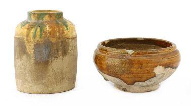A Chinese sancai-glazed earthenware jar,