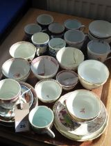 Various tea wares, mostly late 18th/early 19th century including New Hall tea bowls painted with