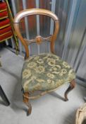 SET OF 4 19TH CENTURY WALNUT BALLOON BACK DINING CHAIRS ON CABRIOLE SUPPORTS