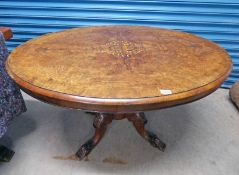 LATE 19TH CENTURY WALNUT TABLE WITH BOXWOOD DECORATION