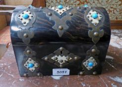 19TH CENTURY COROMANDEL DOME TOPPED CASKET WITH BRASS & TURQUOISE DECORATION .