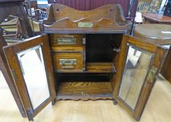 EARLY 20TH CENTURY OAK TABLE TOP CABINET WITH 2 GLAZED DOOR & FITTED INTERIOR 45 CM TALL