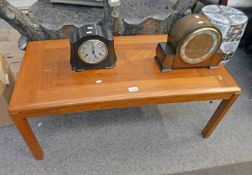 TEAK COFFEE TABLE ON 4 SQUARE SUPPORTS,
