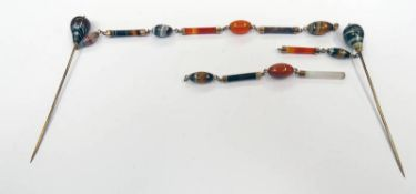 LATE 19TH / EARLY 20TH CENTURY BANDED AGATE SCARF PIN,