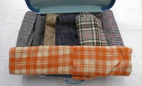 SUITCASE WITH SELECTION OF MATERIAL INCLUDING STRATHMORE OF FORFAR WOOL & OTHER LENGTHS